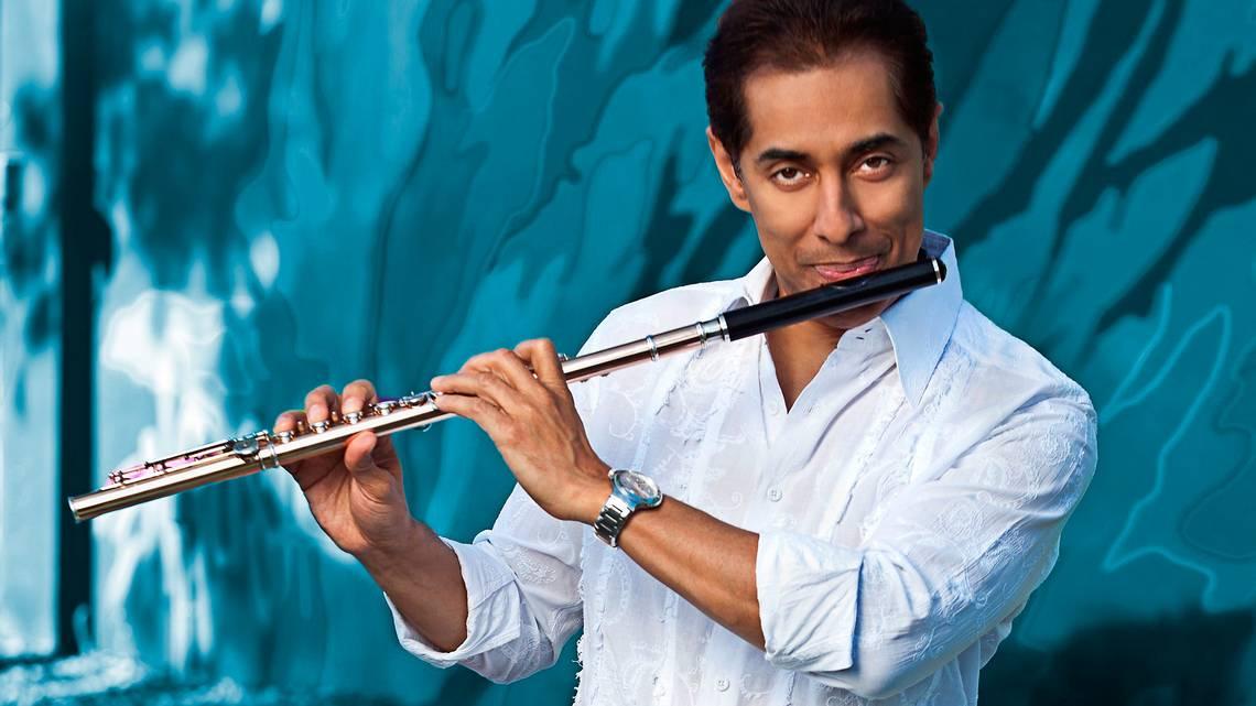 photo of Nestor Torres